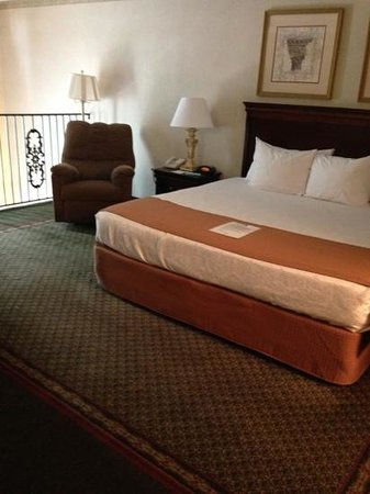 Lafayette Garden Inn & Conference Center : great rest after long days