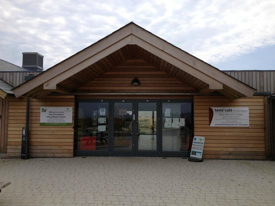 Taste Cafe at Chesil Beach: Front of Taste Cafe