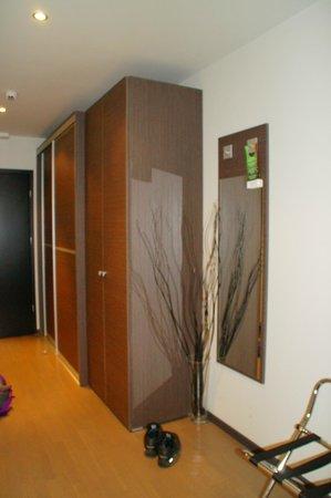 Birokrat Hotel: Garderobe