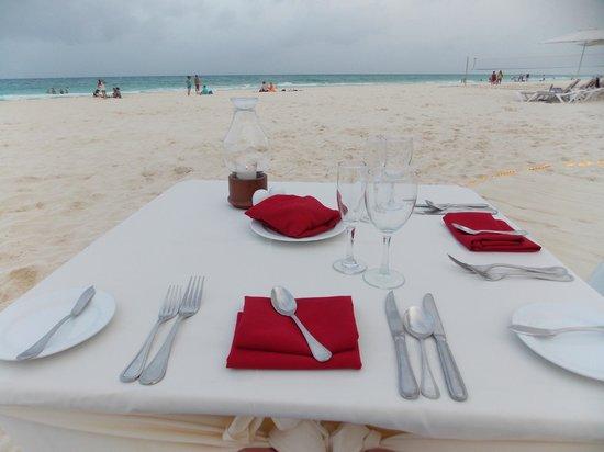 Playacar Palace: cena romantica