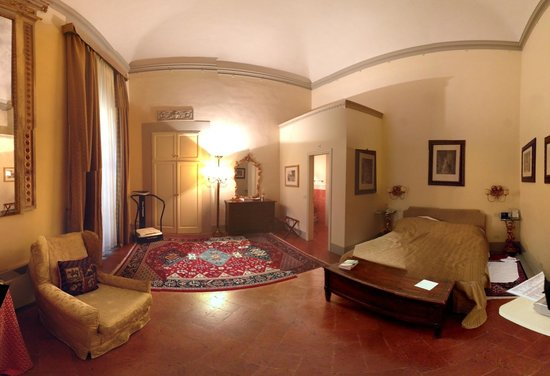 Palazzo Magnani Feroni: Bedroom in our suite