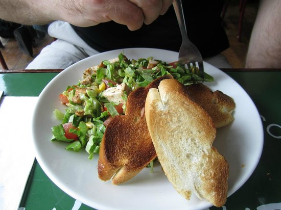 Metro Cafe: Tasty Lunch Menu!
