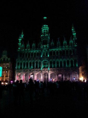 Grand Place: Grand-Place at night just before Christmas 2012