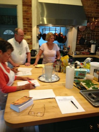 Abingdon Manor Inn and Restaurant: In the Kitchen with Patty and Chef Jeff