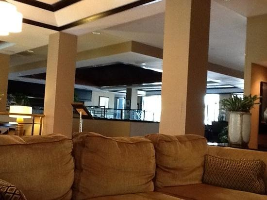 Holiday Inn Las Colinas: lounge