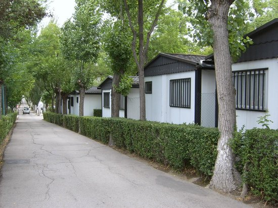 Bungalows Calle T Picture Of Bungalows Camping Alpha Madrid Getafe Tripadvisor