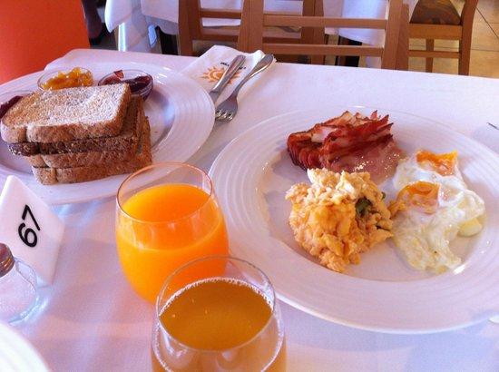 Universal Hotel Romantica : la colazione