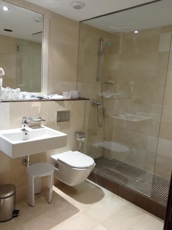 Hipotels Cala Millor Park : salle de bain