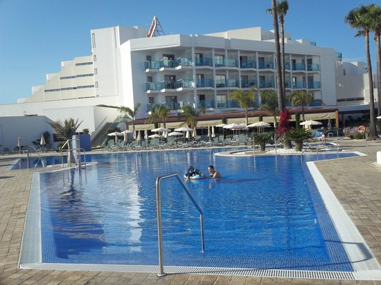 Hipotels Aparthotel Cala Millor Park : Piscine