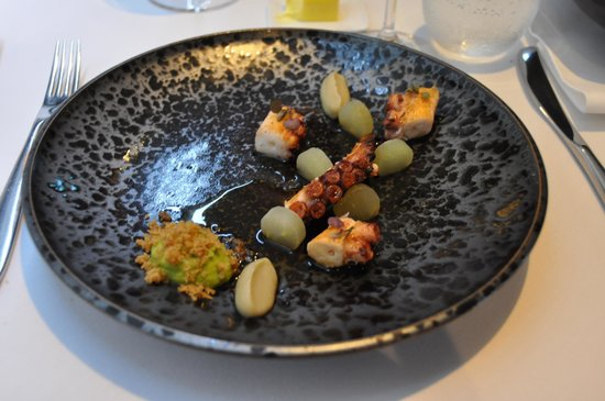 Urbane Restaurant : a pice of art...