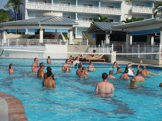 Beaches Ocho Rios Resort & Golf Club: Main pool - daily volleyball game