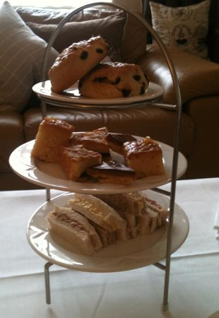 Beaulieu Hotel : Tea for two?