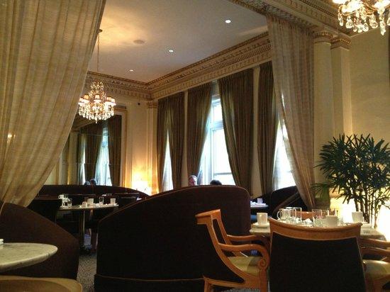 Hotel deLuxe: Gracie's