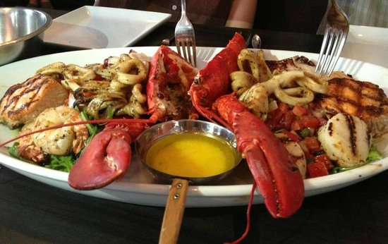 Diana's Oyster Bar & Grill: seafood platter