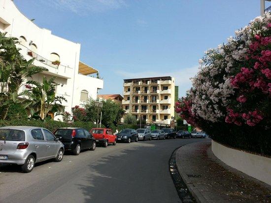 Hotel villa linda picture of villa linda giardini naxos tripadvisor - Hotel alexander giardini naxos ...