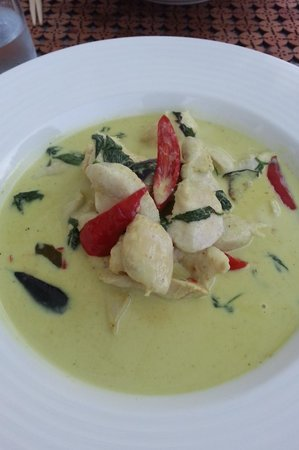 Thai Thai: chicken green curry