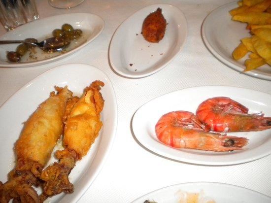 Anemos: I fritti - Sorpresa dei calamari fritti interi