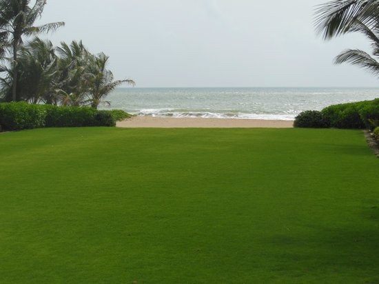 The St. Regis Bahia Beach Resort, Puerto Rico: The view from the patio of the Plantation House