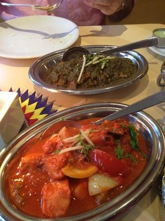 Indisches Restaurant Maharadscha: mutton saag / chicken jhalfreize