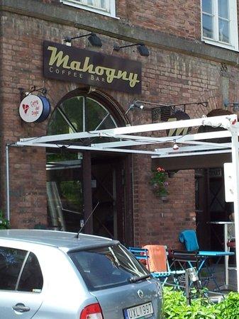 Mahogny