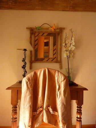 Le Clos des Hirondelles: Chambre