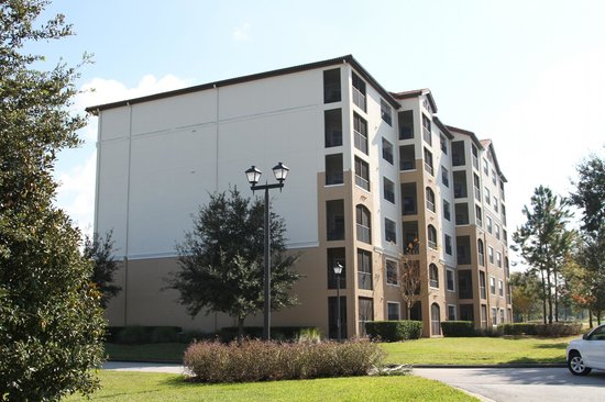 Holiday Inn Club Vacations At Orange Lake Resort: One of the Apartment buildings