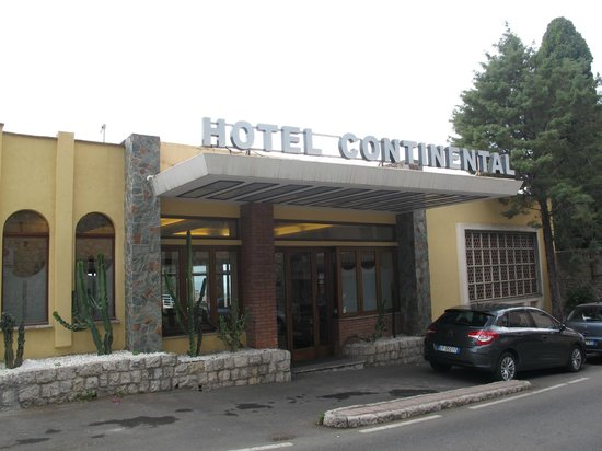 Exterior view of Hotel Continental