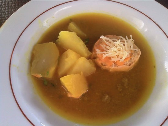 Au Sanglier : soup stock served separately