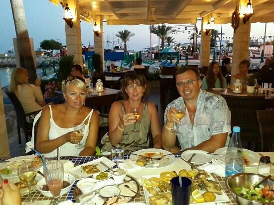 Karousos Beach Restaurant: все супер