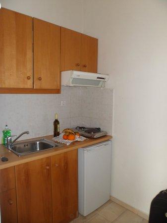 Loizos Stylish Residences: Cozinha