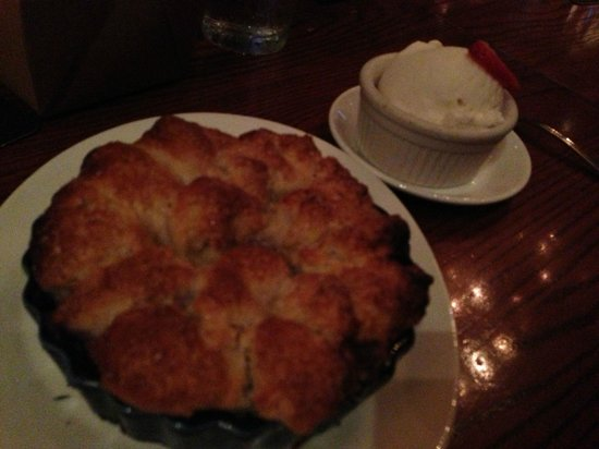 Rathbun's Blue Plate Kitchen: Texas Peach and Blueberry Cobbler