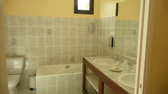 Hotel du Mont Aigoual: Salle de bain