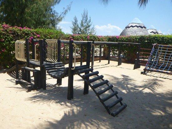 Beachcomber Hotel and Resort: Children's Play Area