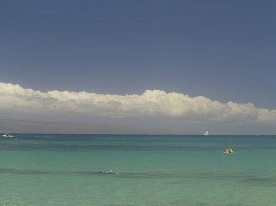 Napili Kai Beach Resort: Napili Bay - from the beach