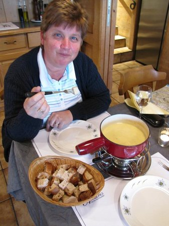 Restaurant Aarburg: Swiss cheese fondue