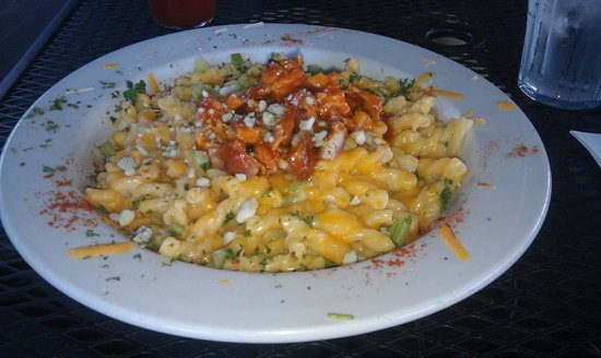 """Rohrbach Brewing Co: """"Just East of Buffalo"""" Mac & Cheese"""