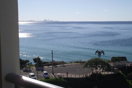 Blue C Coolangatta: View looking up towards Surfers Paradise