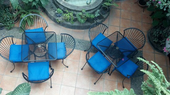 Villa Sueno Azul: Courtyard