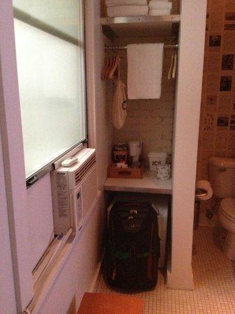 Ace Hotel: Snacks $2, Brita water filter