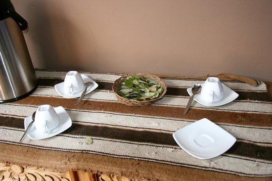 Tambo del Arriero Hotel Boutique: Coca tea in the breakfast room