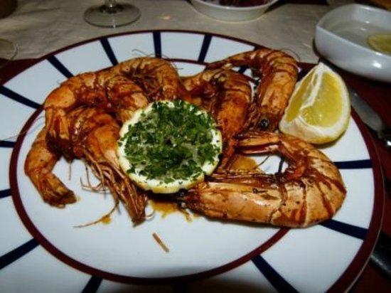 Chez Maya - Le Petit Grill Basque : Yummy large grilled shrimp