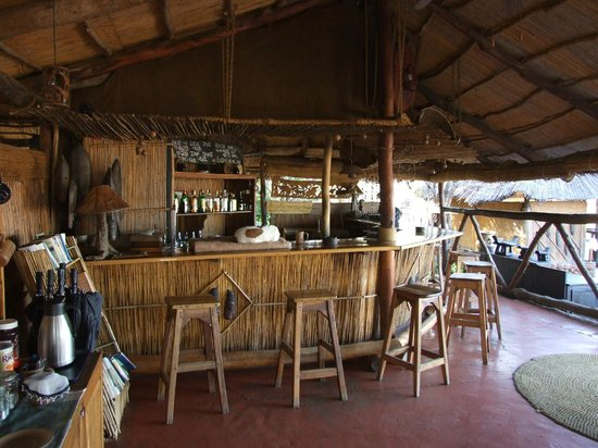 Taita Falcon Lodge: Bar