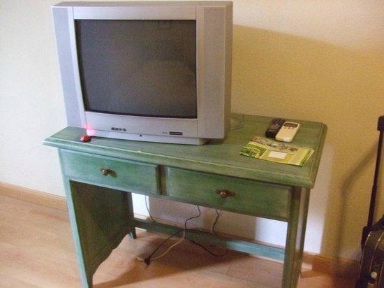 AACR Monteolivos: Televisión con mala recepción