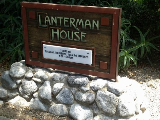 La Canada Flintridge, Kalifornien: Welcome to the 1915 Craftsman style House Museum