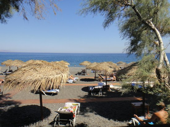 Alesahne Beach Hotel : hotel beach