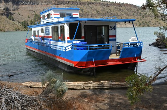 Lake Billy Chinook Number  Lbc Houseboats