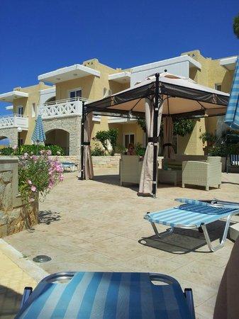 Kastalia Village & Saint Nikolas Hotel: Nice Gazebo!
