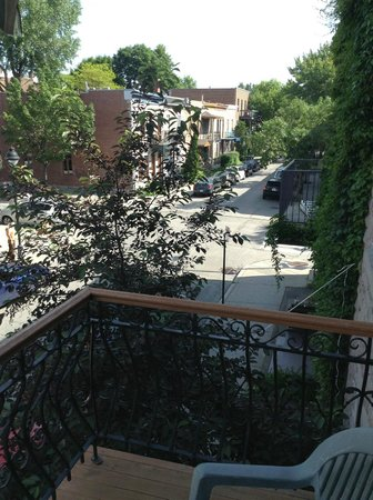 Plateau Suites Montreal: View from the balcony