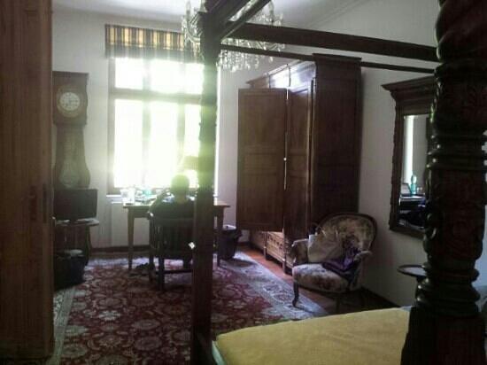 Kult Residenz: Unser schönes großes Zimmer...