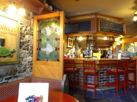 Busy restaurant with good fresh food - Traveller Reviews - Lizzys